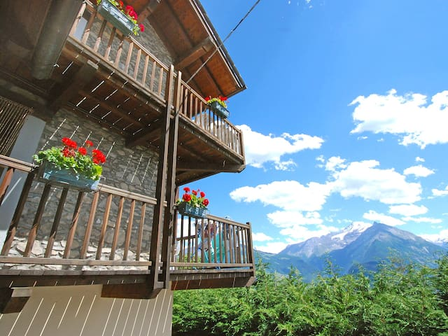 Holiday apartment Grand Sarriod for 5 persons