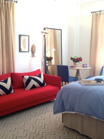 Private, sunny suite - Nova York - Apartamento