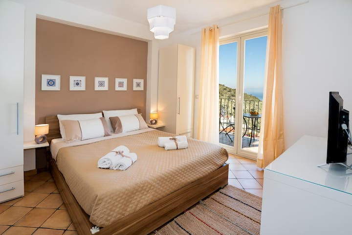 Taormina Rooms Panoramic Apartment 3