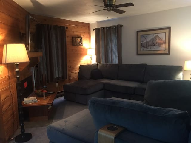 Cozy condo at 7 Springs - Somerset