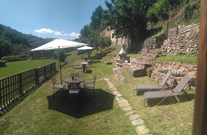 Casona Angliru, bajo con jardín y barbacoa!