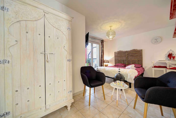Appartement Romantique Haut Standing avec Piscine