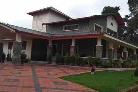 The High House - Villa