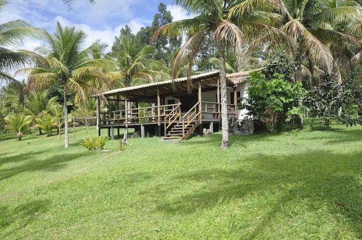 Casa no EcoRanch perto de Engenhoca e Itacarézinho