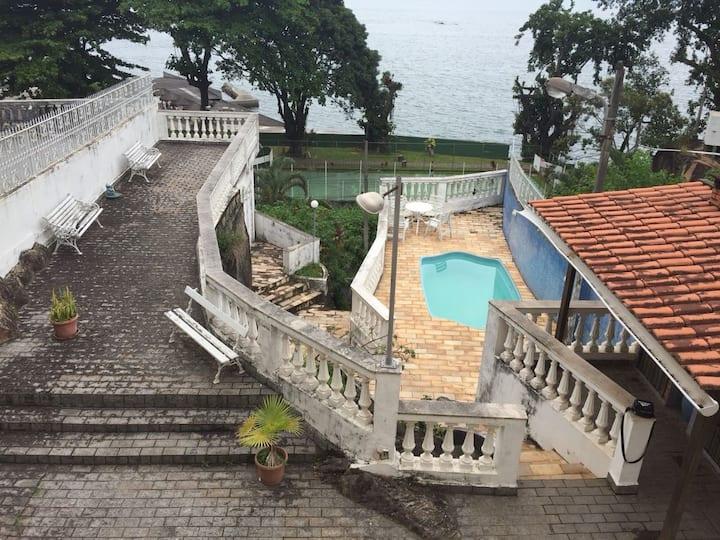 Casa em frente à Praia de Ibicuí - Mangaratiba