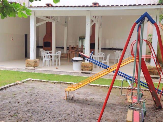 CASA Condomínio 4 Dorm PRAIA JUQUEHY - SUPER NOVA