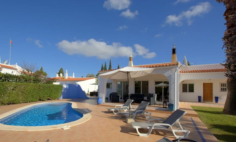 Fabulous location just short walk to the beach