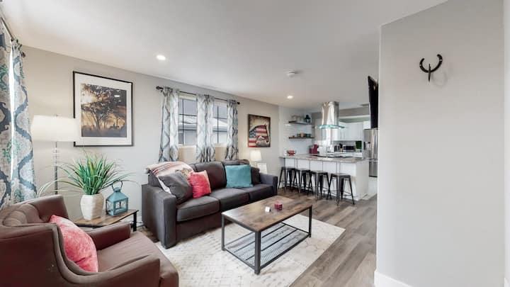 Remodeled Bunkhouse in Denver