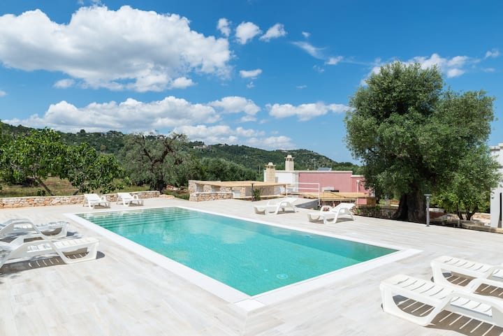 Villa Incanto with panoramic pool and terrace!