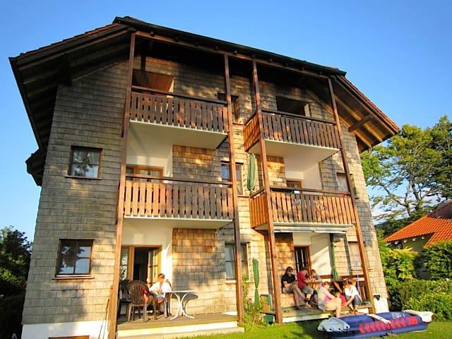 Chiemseestrand21 - Ferienwohnung direkt am See