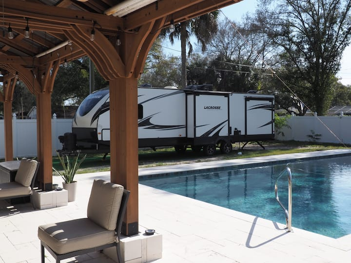 Comfortable RV with Pool and Outdoor Rec. Area