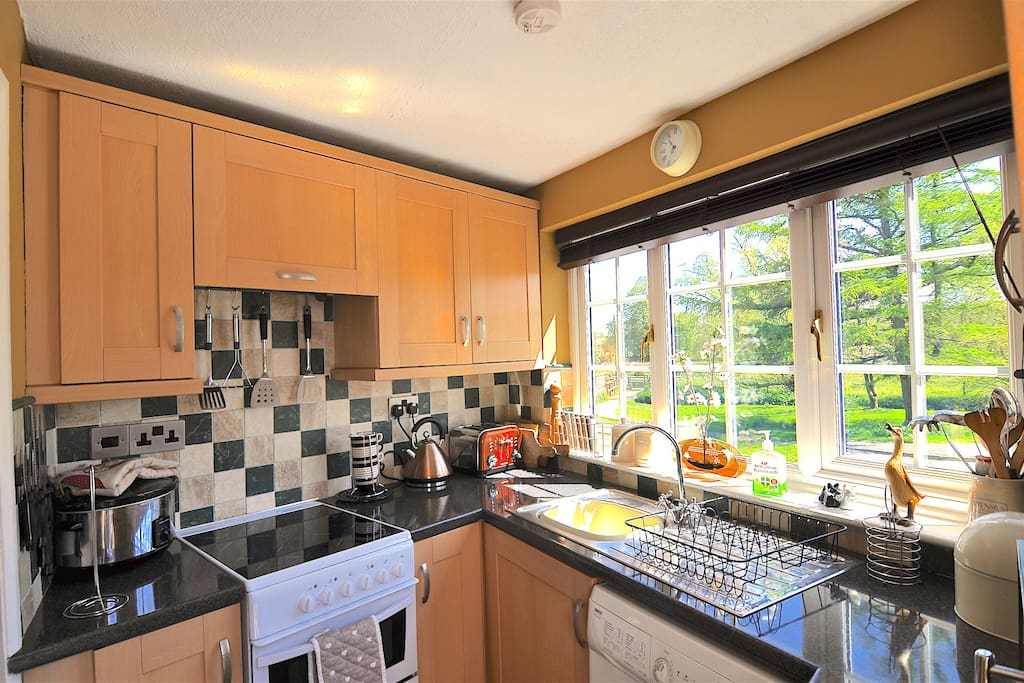 Cosy, well-equipped kitchen