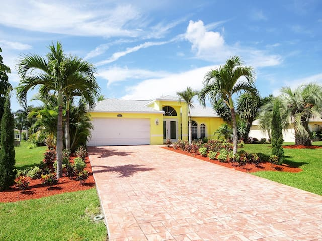 Comfortable holiday home in Cape Coral