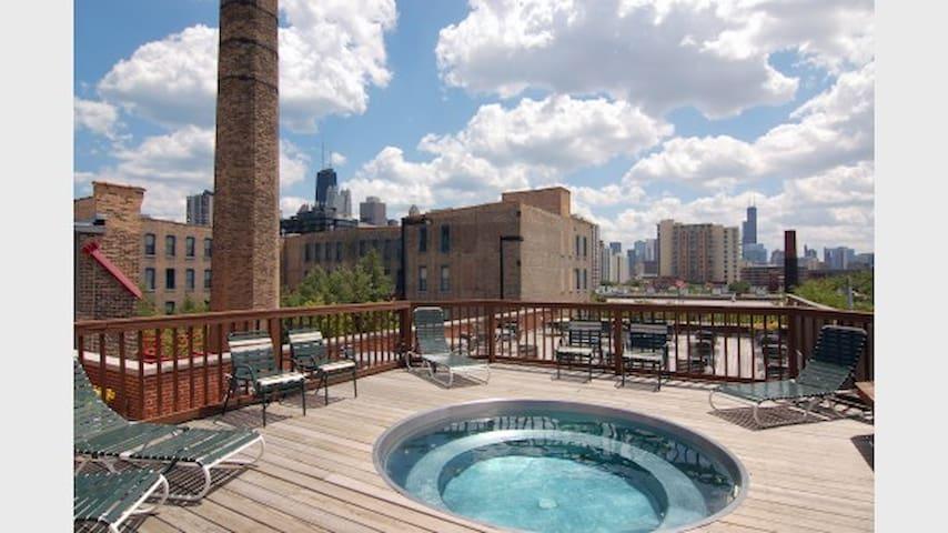 AMAZING Large Loft Style Studio in Chicago! - Chicago - Loft