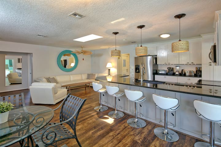 Indulge!: Florida Luxury Retreat with a private an - Pompano Beach - Talo