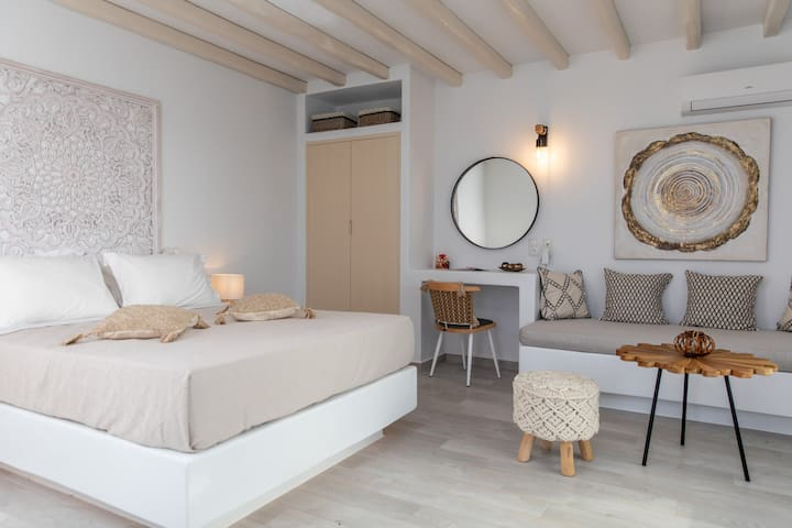 Sea View Suite with Private Pool | Mythology Naxos