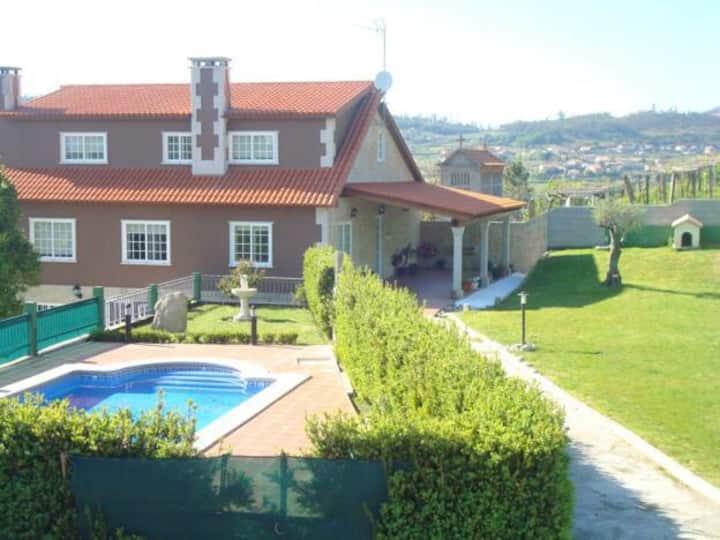 Casa rural Pontevedra para 12 pax