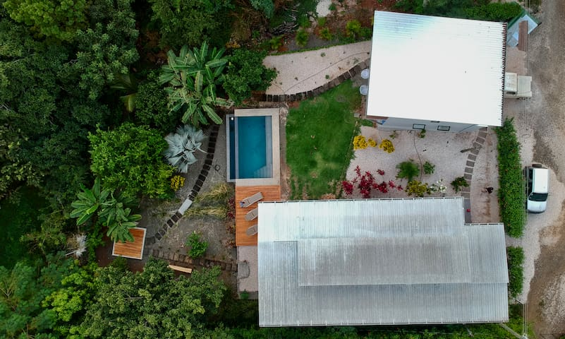 CASA ACERO SHIPPING CONTAINER MEETS TREE HOUSE!