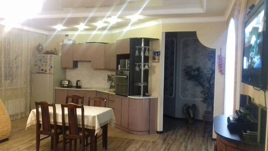 Апартаменты на Волгоградской.