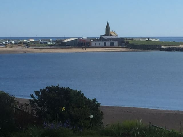 Sea front accommodation with bay view. - Newbiggin by the sea - Huis