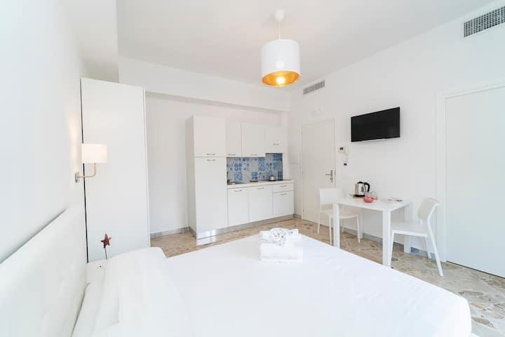 """Vita"" luxury house in the center of Maiori"