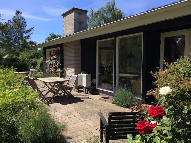 Lovely Summerhouse in Tisvilde