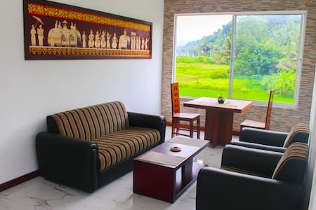 Kandyan Village  Luxury Apartment and Rooms