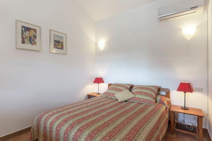 Schlafbereich (Bett 160x200)