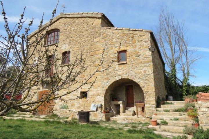 Habitaciones Masia en medio de un parque natural - Sant Vicenç de Castellet - Hus