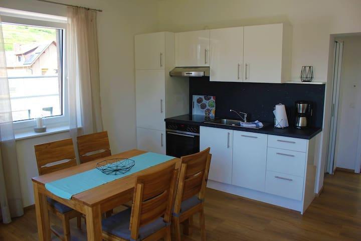 Ferienhaus Dorfleben, (Vogtsburg-Achkarren), 3. Ferienwohnung im OG mit 50 qm, 1 Wohn-/Schlafraum für max. 3 Personen