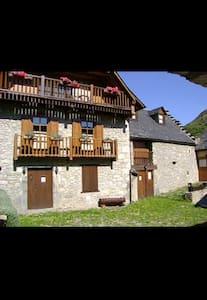 Grande casa familia cerca Baqueira - Betren