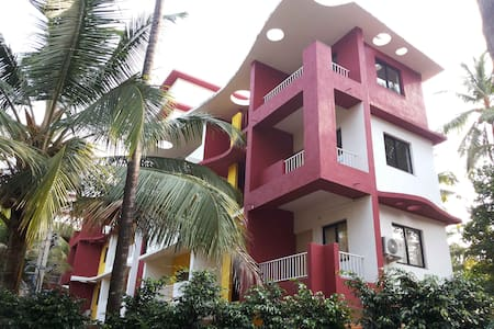 Cozy, peaceful 2bhk nr Beach Goa - Arossim - Appartement