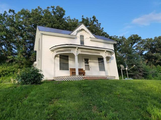 Decorah's farmhouse hideaway.