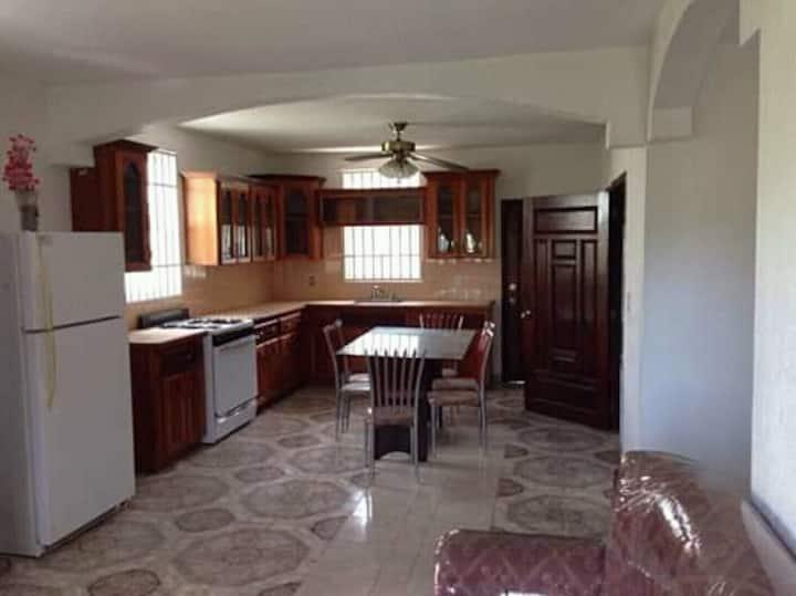 Meilleure maison disponible à louer à Cap-Haïtien