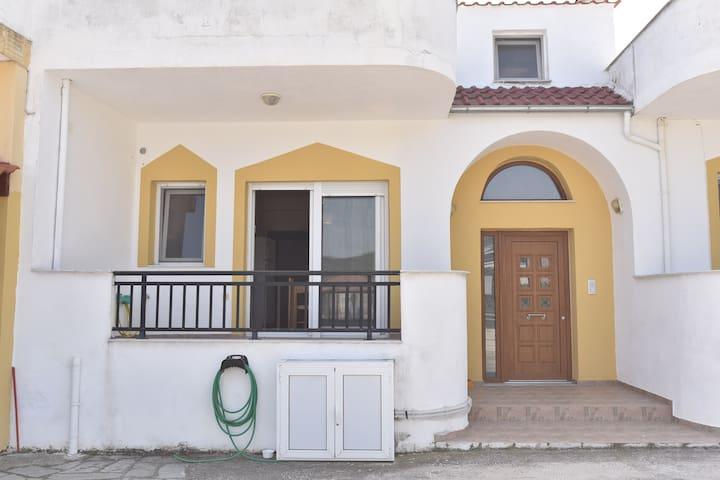 Ηρεμη τοποθεσια κοντα στη θαλασσα - Agios Andreas - Apartment