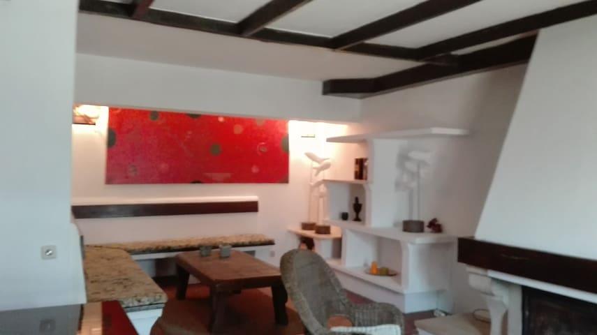 Cris House Quartos - Leiria - Hus