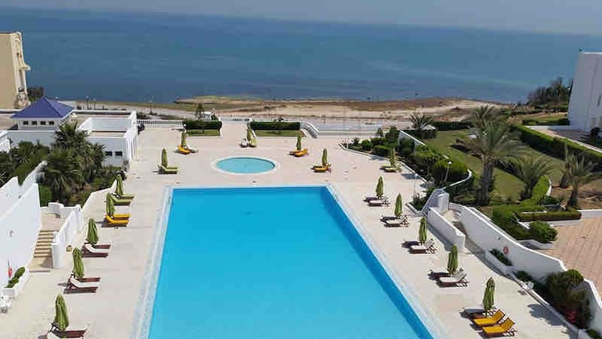 A luxurious sea view Appart in Gammarth ،le palace