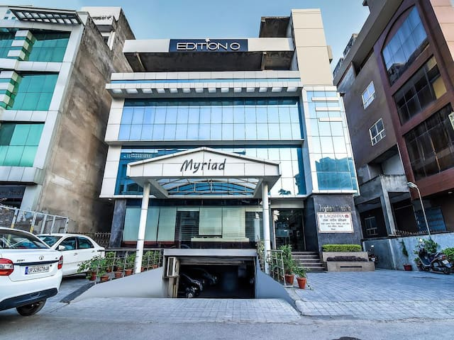 Myriad Premium Stay At Lucknow