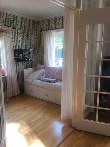 Gästrum/ sovrum 4 med bäddsoffa för 1 eller 2 personer