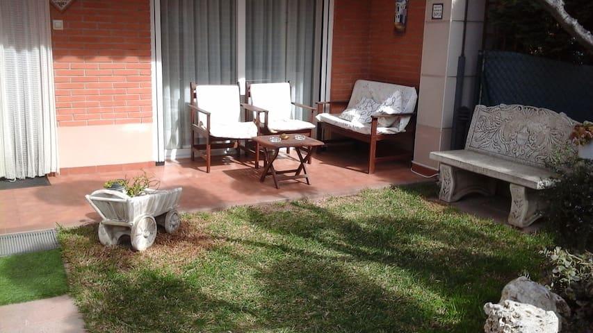 sol habitación  exterior  y ambiente familiar