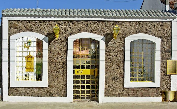 Ampla e confortável casa no centro de Antonina