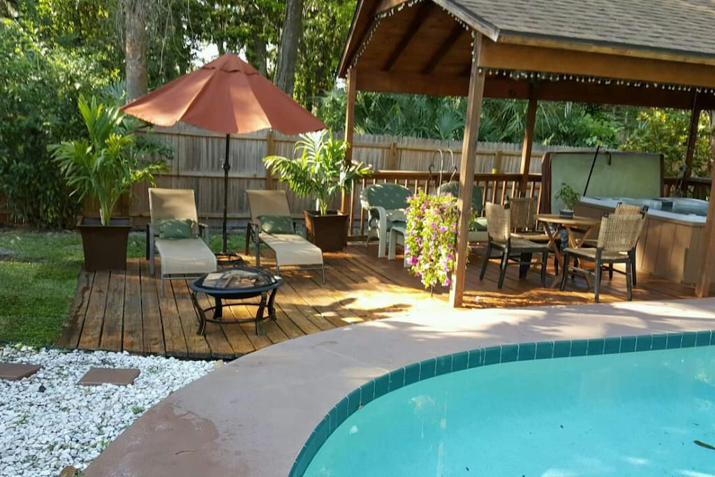 Great Room W Access Heated Pool Hot Tub Oasis Houses For Rent In Daytona Beach Florida