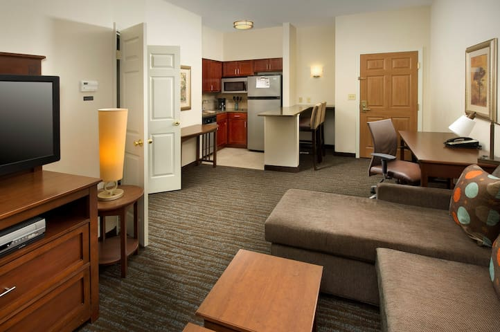 Complimentary Breakfast Buffet + Free Wi-Fi | Close to Research Triangle Park