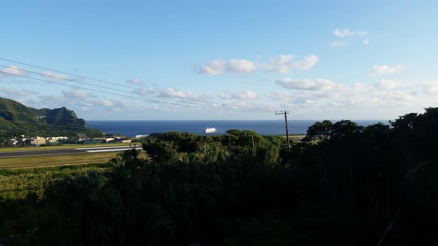 『島風と空と海』八丈島メープルハウス west room