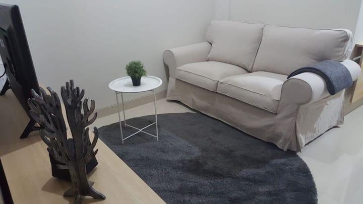 Cozy Luxury Apartment - Uttara The Icon