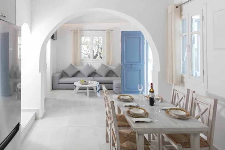 Casa Centro Mykonos 3 Bedroom by iTravelhome