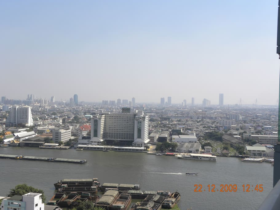 Actual view of Chaopraya River from Apt.