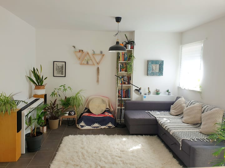 Spacious, Homely 1 Bed in Trendy Clapton