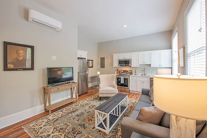 1 BR +Sofa-Bed +FREE park  by Jefferson Hotel #2