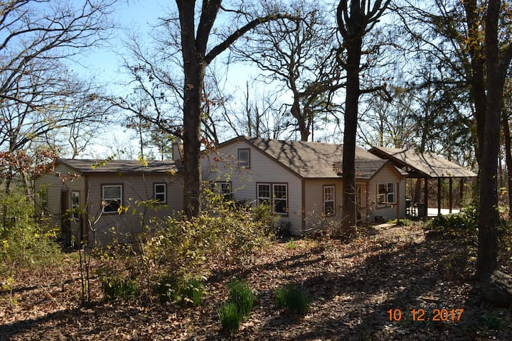 Rustic Cabin in East Texas Piney Woods